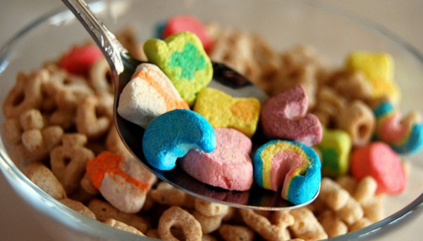 Bowl-of-Lucky-Charms-600x343